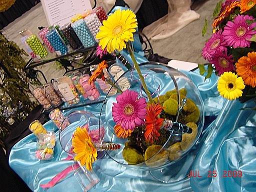 1250363600588 Kcwbs070930 Blue Springs wedding florist