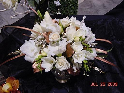 1250363623713 Kcwbs070939 Blue Springs wedding florist