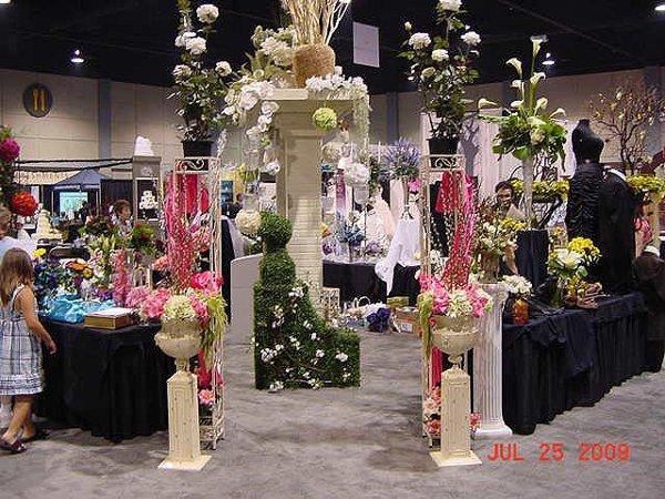 1250363634525 Kcwbs07096 Blue Springs wedding florist