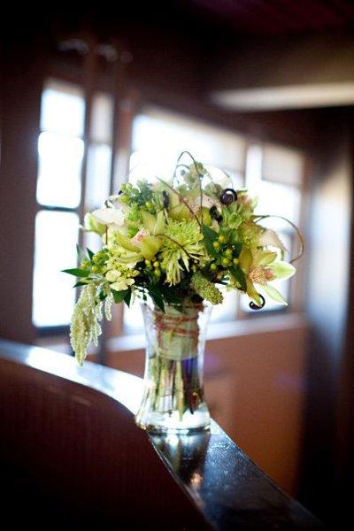 1289593719147 BeemerJelsma1 Blue Springs wedding florist