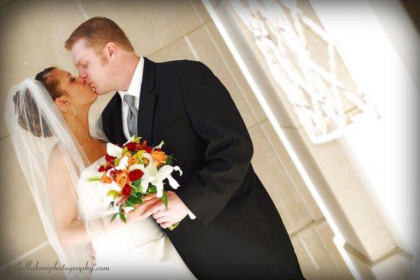 1289597641132 46454250826940f53b3cz Blue Springs wedding florist