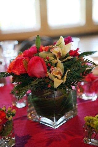 1289608964054 Ccw13 Blue Springs wedding florist