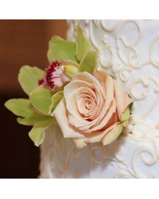 1289608983038 Schlicht1 Blue Springs wedding florist