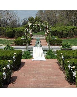 1289608984397 Schlicht10 Blue Springs wedding florist