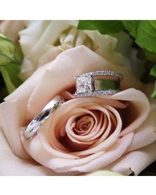 1289608985882 Schlicht2 Blue Springs wedding florist