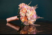 220x220 1485216091 aedb6d37e0c83aa7 bouquet