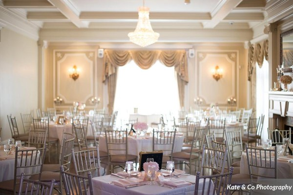 1442950969557 Main Level By Kate And Co Photography Kansas City wedding venue