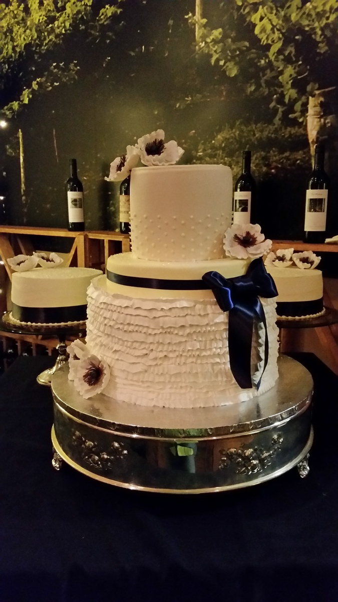 wedding cakes west michigan trifles wedding cake west bloomfield mi weddingwire 25933