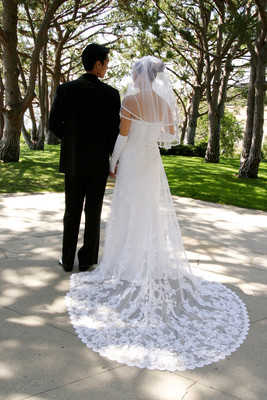 400x400 1511829614006 weddingdresspreservationb