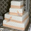 130x130 sq 1314715741876 jamesandwrestlerweddingcake
