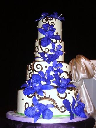 Wedding cakes coachella valley