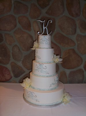 Wedding Cakes In Sioux Falls Rapid City SD 400x400 1314060268183 1004602