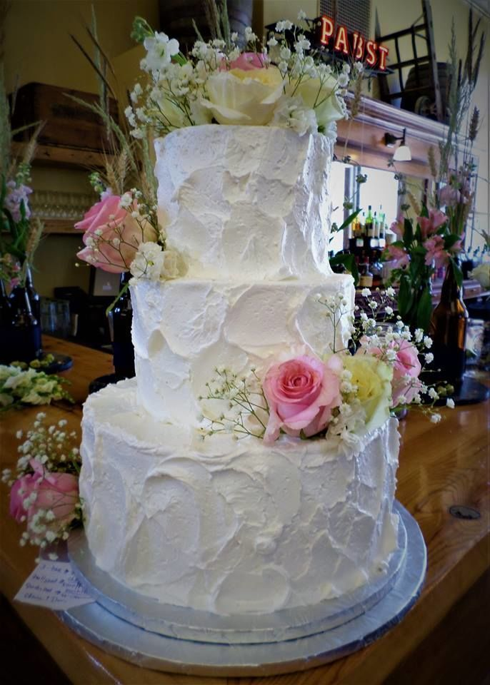 wedding cakes eau claire wi aggie s bakery and cake shop wedding cake west allis 24248