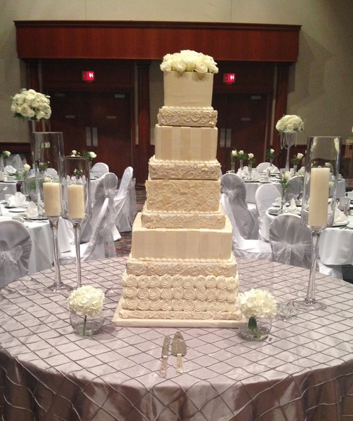 5 tier wedding cake aggie s bakery and cake shop west allis wi wedding cake 10462