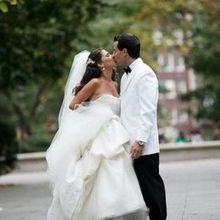 220x220 sq 1468357970 fee57eede3788b48 1349205770975 weddingwire3