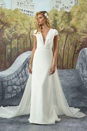 Spotlight Wedding Dresses Near Kent Bellevue Bridal Boutique