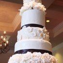 130x130 sq 1308523050436 weddingcake