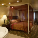 130x130 sq 1403642909647 3106516858151honeymoonsuite3504x2336