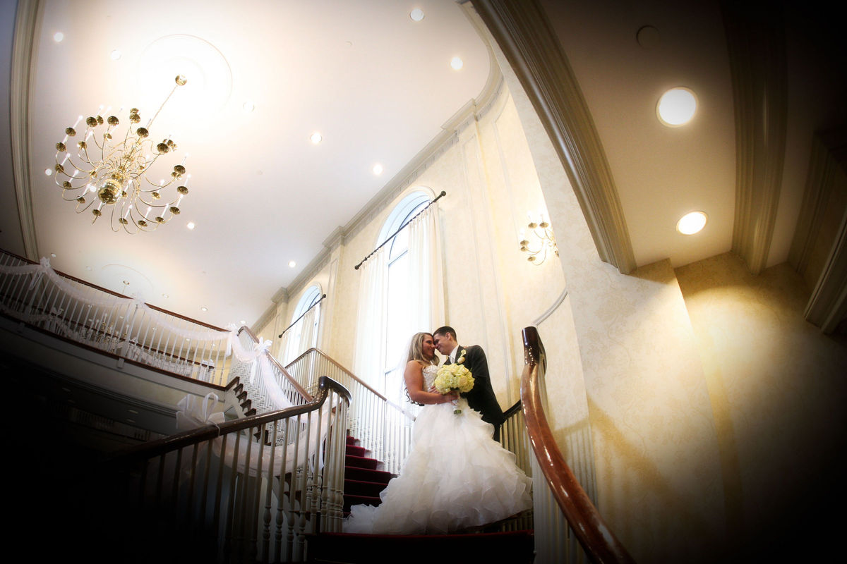 Radisson hotel suites chelmsford lowell venue for Wedding dresses lowell ma