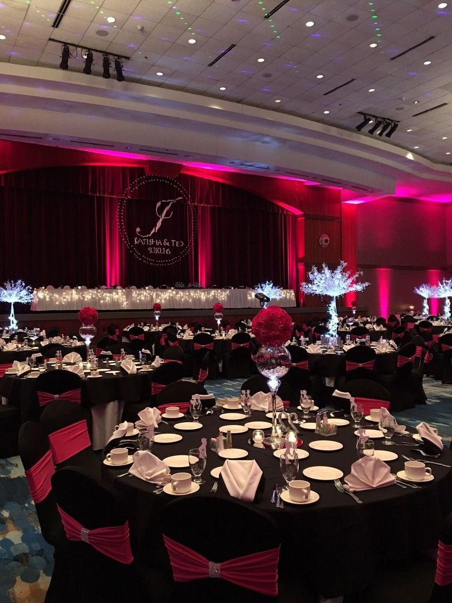 Radisson hotel conference center venue green bay wi for Wedding dress shops in green bay wi