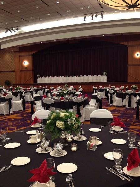 Radisson Hotel & Conference Center - Green Bay, WI Wedding ...