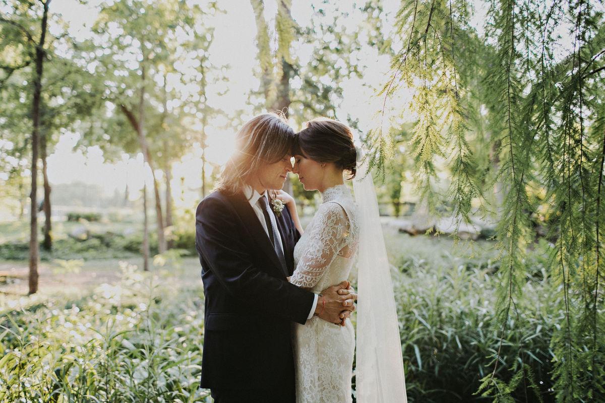 Umlauf sculpture garden museum venue austin tx for Wedding dress rental austin tx