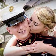 220x220 1460388770046 military weddings memorial day special img hero
