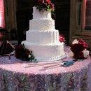 130x130 sq 1309548364538 weddingcakephoto2