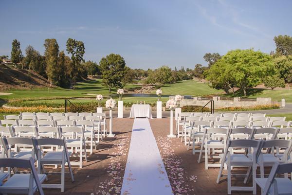 600x600 1482442367211 terrace ceremony1