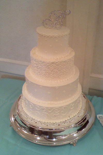 1281631758619 weddingcake1b annapolis wedding catering