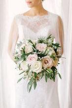 220x220 1492019968 3ffc643c8d8923ef love lightphotographs jennifer matt wedding preview 20
