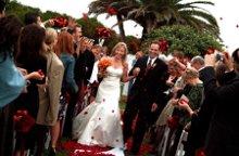 220x220 1244329608877 wedding4