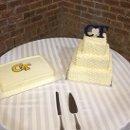 130x130 sq 1338985425607 cakes099