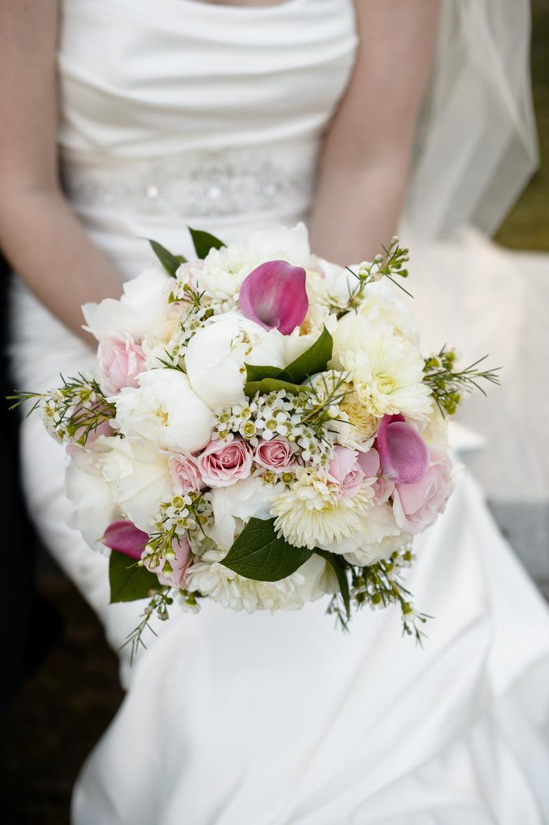 nunan florist and greenhouses inc flowers georgetown ma weddingwire. Black Bedroom Furniture Sets. Home Design Ideas