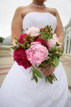 220x220 1337724277392 laurelstreetflowers