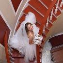 130x130 sq 1291411609341 bridestairs