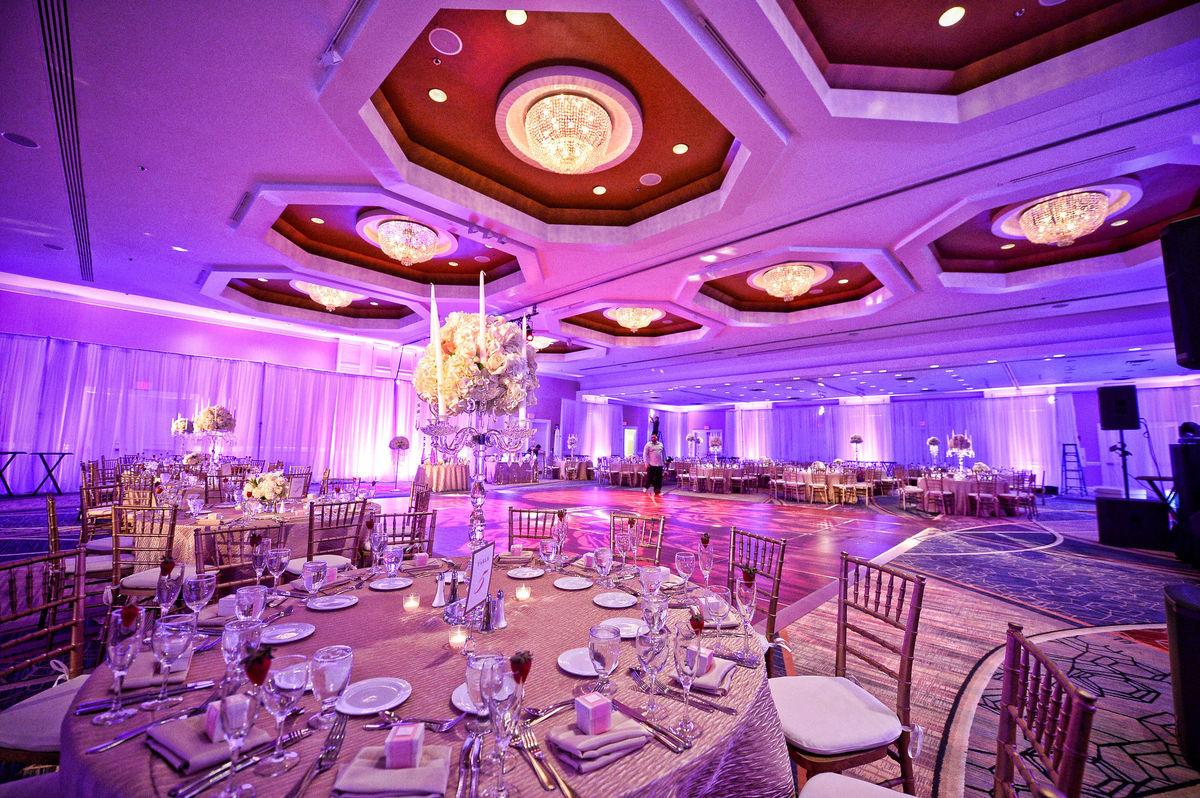 Boston Marriott Burlington - Venue - Burlington, MA - WeddingWire