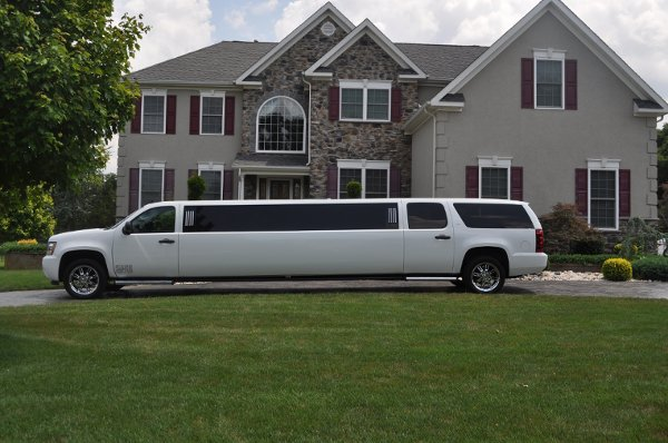 photo 2 of First Class Luxury Limos