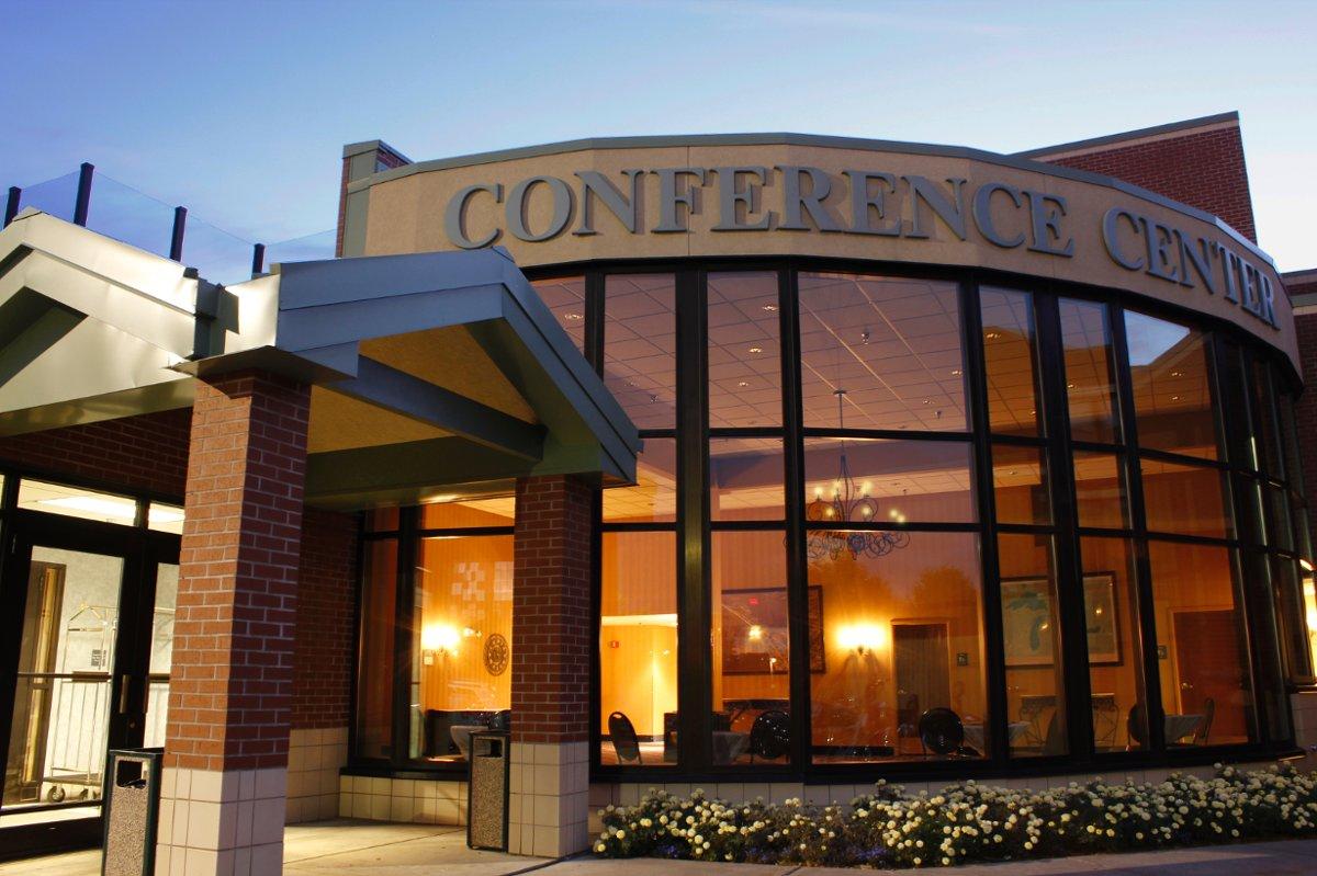 The Inn On Lake Superior Venue Duluth Mn Weddingwire