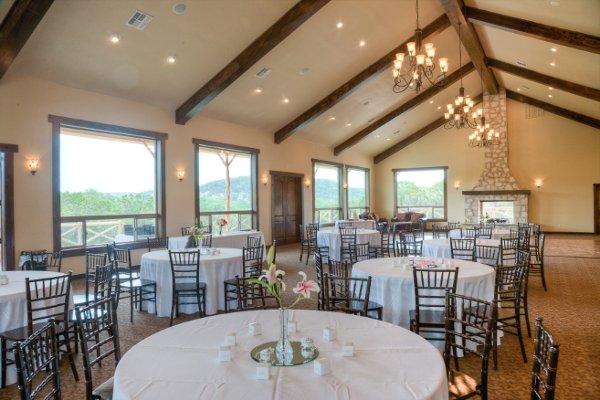 Elegant Outdoor Wedding Ceremony Site Near San Antonio: Helotes, TX Wedding Venue