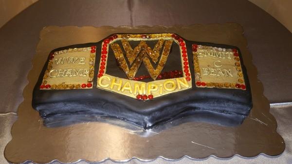 600x600 1446231448545 grooms cake