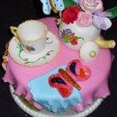 130x130_sq_1293933467367-cakes3002