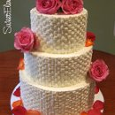 130x130_sq_1332532692206-buttercreambasketweaveweddingcake