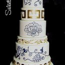 130x130_sq_1332532693497-chinesepotteryinspiredweddingcake