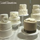 130x130_sq_1332532700933-moniquelhuillierweddingcakesbig