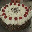 130x130 sq 1273884704890 cakes018