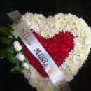 130x130 sq 1274049161204 flowerdesigns51510001