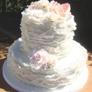 130x130_sq_1317821690230-victorianweddingcakewithblushroses