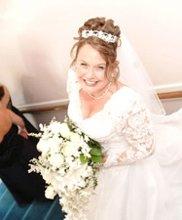 220x220 1278023299567 bridestairs