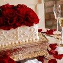 130x130 sq 1252796876007 winecake